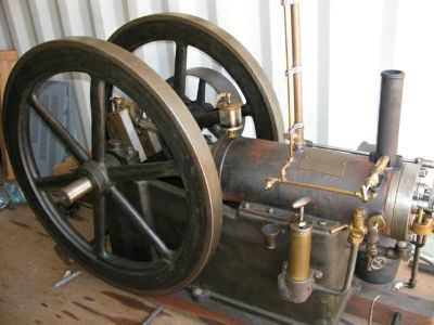 WANTED OLD ANTIQUE 2 FLYWHEEL ENGINES WILL PAY UP TO 8000 CASH (KERRVILLE)