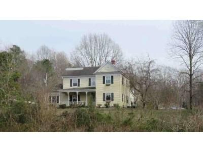 4 Bed 3 Bath Foreclosure Property in Bowling Green, VA 22427 - Perimeter Rd