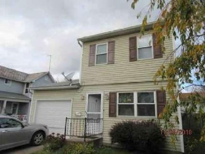 24 Columbia Street Newark, Perfect starter home-2 story-both