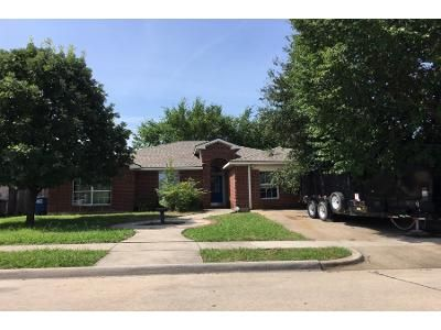 3 Bed 2 Bath Preforeclosure Property in Little Elm, TX 75068 - Waterview Dr