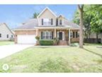 Three BR One BA In Rutherford TN 37129