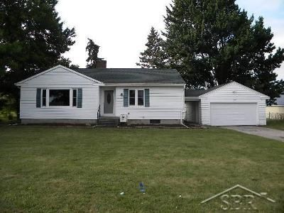3 Bed 1 Bath Foreclosure Property in Saginaw, MI 48601 - E Holland Rd
