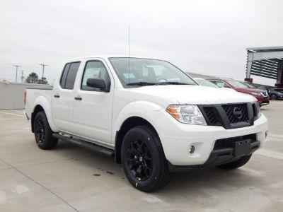 2019 Nissan Frontier SE V6 (Glacier White)