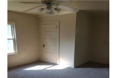 Convenient location 3 bed 2 bath for rent. 2 Car Garage!