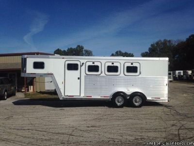 2002 Exiss Event 3 horse trailer Slant Load