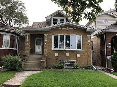 4 Bed 1 Bath Foreclosure Property in Elmwood Park, IL 60707 - N 76th Ave