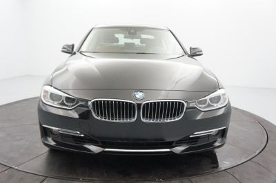 2015 BMW 3-Series 4dr Sdn 328i xDrive AWD South (Black Sapphire Metallic)