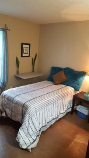 TWO OR ONE ROOM FOR RENT FOR OLDER RESPONSIBLE FEMALE/MALE
