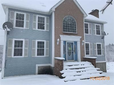 3 Bed 2 Bath Foreclosure Property in Chester, NH 03036 - N Pond Rd