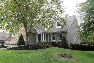 343 Hanover Drive London Five BR, Come take a look at this