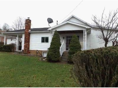 2 Bed 1.5 Bath Foreclosure Property in Fairview, WV 26570 - Williams Addition
