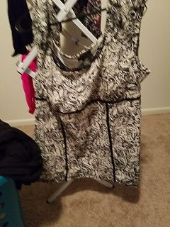 Lane Bryant black and white top size 18 20