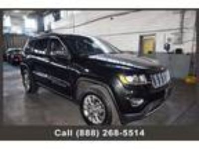 $25999.00 2015 Jeep Grand Cherokee with 31818 miles!