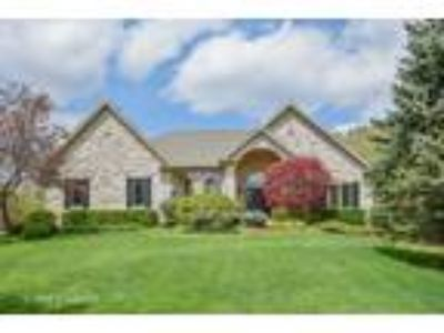 Cary One BA, 14 Normandy Court , IL Listing Price: $599,900 4
