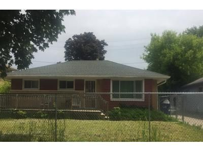 3 Bed 2 Bath Preforeclosure Property in Milwaukee, WI 53218 - N 45th St