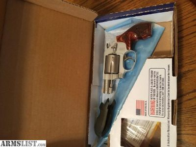 For Sale: Smith&Wesson 637-2 airweight