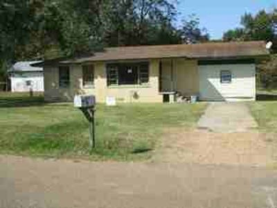 $29900  3br - 1368ftsup2 - 3 Bed1 Bath - Wholesale Priced