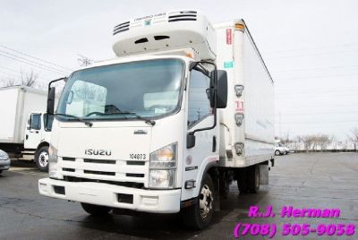 2011 Isuzu NPR HD 16 ft Automatic Under CDL Refrigerated Straight Truck