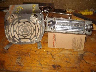 Find ORIGINAL 1955 CHEVROLET WONDERBAR RADIO WITH SPEAKER UNIT motorcycle in Graham, Washington, United States, for US $500.00