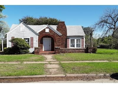 3 Bed 2 Bath Foreclosure Property in Wichita Falls, TX 76309 - Hayes St