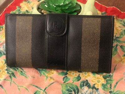 Vintage Authentic Leather Fendi Wallet