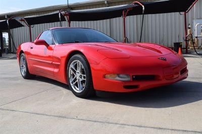 1999 Chevrolet Corvette Base (Red)