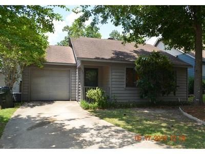 2 Bed 2 Bath Foreclosure Property in Warner Robins, GA 31088 - Ridge Pointe Ct