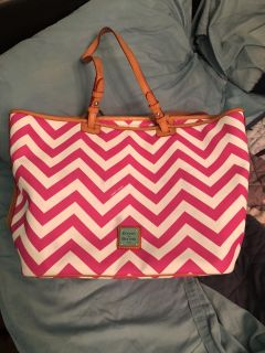 Dooney & Bourke leather tote in chevron print. Awesome bag.