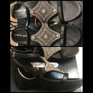 Black wedge shoes size 7