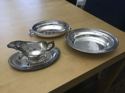 Silver serving dish and gravy boat - Viking Plate- Lead mounted