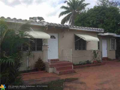 411 SW 18TH ST rear Fort Lauderdale Two BR, Original wood