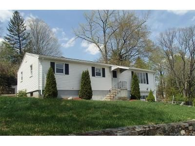 3 Bed 2 Bath Foreclosure Property in Seymour, CT 06483 - Wood St