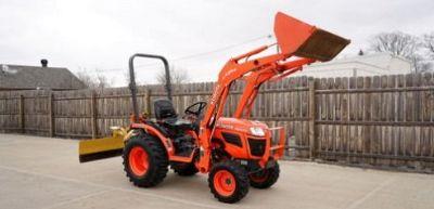 2014 Kubota B2320 HST 4X4 Diesel Tractor