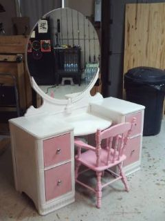 Antique Vanity 1937 (Eatonton)
