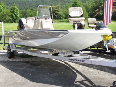 2019 Excel Boats 220 Bay Pro