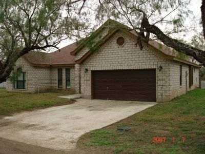 4 Custom Homes For Invstment (LaJoya)