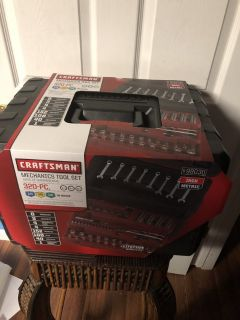 NEW 320 Piece Craftsman Mechanics Tool Set