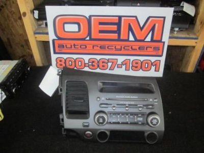 Sell 06 07 08 09 10 11 HONDA CIVIC AM/FM RADIO CD PLAYER 39100-SVA-A04 motorcycle in Bluffton, Ohio, United States, for US $110.00
