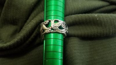 Vintage Continuous Humming bird Ring
