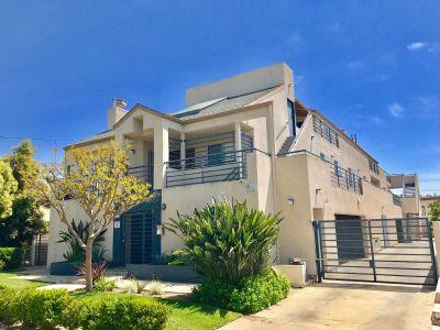 $2295 2 apartment in San Fernando Valley