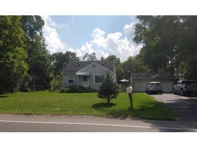 3 Bed 1 Bath Foreclosure Property in Belleville, MI 48111 - Bemis Rd