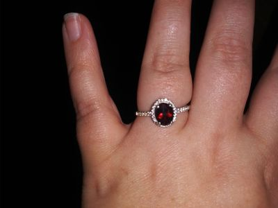 Sterling silver size 9 garnet ring