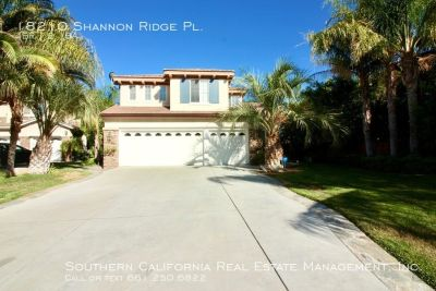 Stunning 4 Bedroom Pool Home For Lease in Canyon Country!