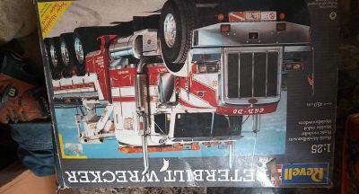 Peterbelt model truck