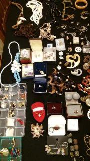 Full home Plano - Costume jewelry,..