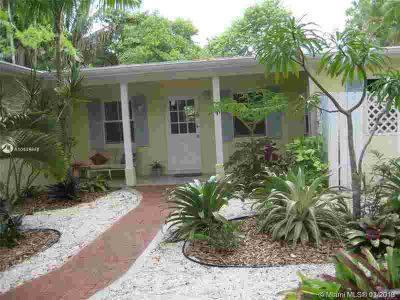 6840 SW 78 Te South Miami Two BR, Excellent location!
