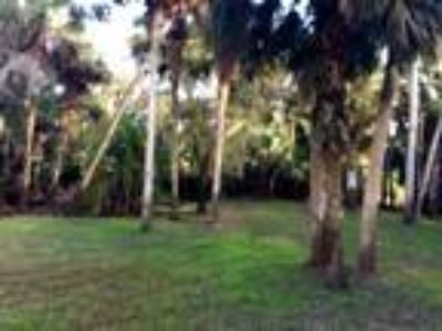Land for Sale by owner in Fort Pierce, FL