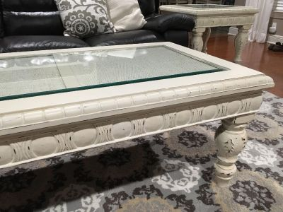 Located in Covington- coffee table and 2 end tables
