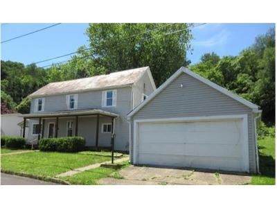 3 Bed 2 Bath Foreclosure Property in Malta, OH 43758 - Echo St N