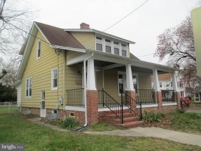2 Bed 2 Bath Foreclosure Property in Cambridge, MD 21613 - Travers St